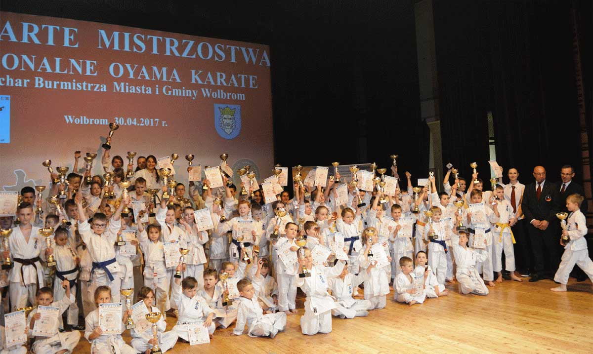 Jurajski Klub Oyama Perfect Karate Dlaczego My